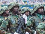 卢旺达阅兵正步采用中式操典 武器防弹装备也来自中国(组图)